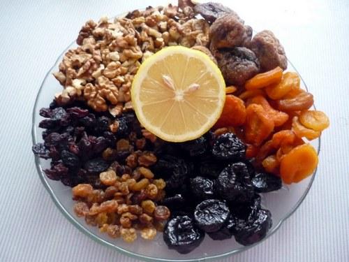 Сухофрукты для приготовления витаминной смеси