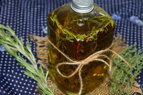 Растительное масло с тимьяном