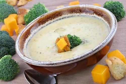 Суп из брокколи и манго